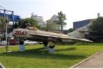 Cận cảnh MiG-17: Tiêm kích cùng anh hùng Nguyễn Văn Bảy bắn rơi 7 máy bay Mỹ