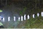 Hà Tĩnh nói gì về 10 cô gái mặc áo dài trắng gây tranh cãi?