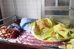 Giáo sinh bị đánh suýt sẩy thai: 'Phụ huynh dọa đánh tiếp nếu tôi không quỳ gối'