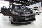 Không thể nhập khẩu ô tô, Toyota đang được xe 'nội' giải cứu