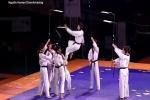 Clip Những cú đá thần sầu như phim chưởng của võ sinh Taekwondo