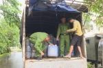 Bắt xe tải chở 6.000 lít dầu ăn đã qua sử dụng trên đường đi tiêu thụ