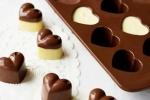 Hướng dẫn cách làm socola cho Valentine đơn giản tại nhà