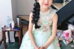 Em ho 10 tuoi cua Pham Bang Bang: Xinh xan, than thai dung chat hau sinh kha uy hinh anh 4
