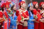 Clip: Người dân Lạng Sơn cầm cờ hoa tiễn Chủ tịch Triều Tiên Kim Jong-un về nước