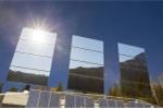 Ngôi làng dùng gương khổng lồ thu ánh mặt trời để sưởi ấm mùa đông
