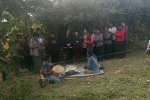 Nghi án bé gái 14 tuổi bị hiếp, giết rồi giấu xác trong bụi cây