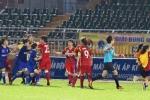 HLV Mai Đức Chung: 'Kỷ luật nữ cầu thủ đánh nhau nên có tính giáo dục'
