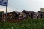 Lốc xoáy kéo sập mái nhà, 1 người phụ nữ thiệt mạng