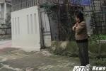 Mẹ lao vào giằng lại con 3 tháng tuổi từ tay kẻ bắt cóc: Cả khu phố cửa đóng then cài