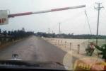 Tạm đình chỉ công tác một lãnh đạo khu du lịch đặt trạm thu tiền trái phép ở Thái Bình