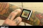 Đóng đinh vào cổ tay để gắn iPod