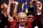 Thắng cử ở tuổi 92, ông Mahathir Mohamad trở thành thủ tướng già nhất thế giới