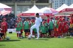 Tuấn Hưng và Tú Dưa bất ngờ hội ngộ trong Sự kiện bóng đá thiếu niên tại Hà Nội
