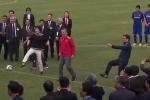Video: Tổng thống Hàn Quốc, Phó Thủ tướng Vũ Đức Đam đá bóng cùng U23 VN
