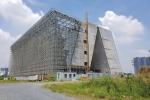 Video: Trung tâm triển lãm 800 tỷ đồng dang dở ở Thủ Thiêm