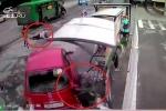 Clip: Nữ tài xế đạp nhầm chân ga, gây tai nạn thảm khốc