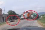 Clip: Xe đầu kéo chạy lấn làn tốc độ cao, gây tai nạn liên hoàn