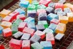 Hãi hùng món kẹo dẻo 'đắm chìm' trong phẩm màu và hóa chất cho trẻ nhỏ