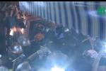 Clip: Toàn cảnh phát hiện 2 thi thể vợ chồng chăm con sinh non chết cháy ở Đê La Thành
