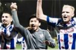 Văn Hậu tri ân cổ động viên Heerenveen sau trận thắng 3-0