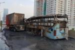 Tong vao container, xe giuong nam boc chay ngun ngut o duong vanh dai 3 tren cao hinh anh 3