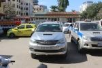 Xe 7 chỗ chở khách chui tuyến Huế - Đà Nẵng: 'Nhà xe có 4 người làm công an đấy!'