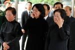 Quyền Chủ tịch nước Đặng Thị Ngọc Thịnh bật khóc tiễn biệt Chủ tịch nước Trần Đại Quang