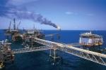 Giá dầu liên tục giảm sâu: Kinh tế Việt Nam 2015 có thật sự đáng lo?