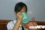 Cô giáo phạt học sinh uống nước giặt giẻ lau bảng: Phạt nhiều lần từ đầu năm học đến giờ?