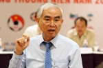 Chủ tịch VFF Lê Hùng Dũng chúc mừng tuyển Việt Nam