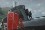 Tàu ngầm Nga nổi lên mặt nước để mua tủ lạnh của ngư dân Na Uy
