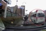 Ngỡ ngàng cách người Nhật phản ứng khi nghe tiếng còi xe cứu thương