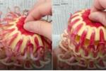 Clip: Đầu bếp cắt tỉa hoa quả thành lồng đèn tuyệt đẹp gây bão mạng
