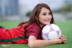 Hot girl 'Mù Tạt' dự đoán Ronaldo lập hat-trick trong trận ra quân