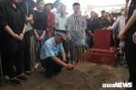Anh: Hang tram nguoi khoc nghen tien biet liet si Pham Giang Nam ve dat me hinh anh 15