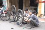 Người đàn ông Hà Nội 'phù phép' xe đạp thành xe điện kiếm hàng chục triệu mỗi tháng