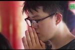 Clip: Sĩ tử đến Văn Miếu cầu may trước ngày thi THPT Quốc gia