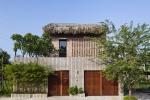 Ngỡ ngàng ngôi nhà tường gạch, mái lá cực xinh xắn tại Sài Gòn