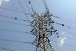 Video: Thót tim nhìn thợ điện ngủ ở độ cao 50 m trên tháp tải