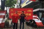 Chu doanh nghiep xuong duong tang 5.000 ao sao vang co vu Olympic Viet Nam hinh anh 5
