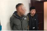 Người đàn ông chờ 20 năm để trả thù thầy giáo bạo hành
