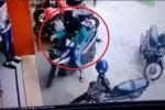Clip phụ nữ chật vật quay đầu xe gây 'bão' mạng