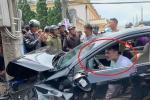 Nam thanh niên ngồi trên xe lắc lư điên cuồng sau khi gây tai nạn liên hoàn ở Đà Lạt