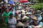 Anh: Hang tram nguoi khoc nghen tien biet liet si Pham Giang Nam ve dat me hinh anh 8
