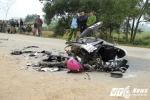 Tai nạn 3 người chết ở Hà Tĩnh: 'Xe máy phóng rất nhanh, tông thẳng vào xe biển xanh'