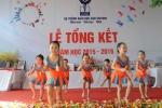 Học sinh tiểu học nhảy Aerobic sôi động tại lễ tổng kết năm học