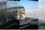Video: Xe buýt cháy ngùn ngụt trên cao tốc, 52 người chết
