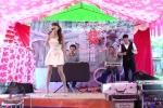 Giọng ca 'khủng' khuấy đảo sân khấu đám cưới khiến dân mạng cười chảy nước mắt