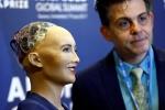 Robot Sophia nổi tiếng như thế nào trước khi tới Việt Nam?